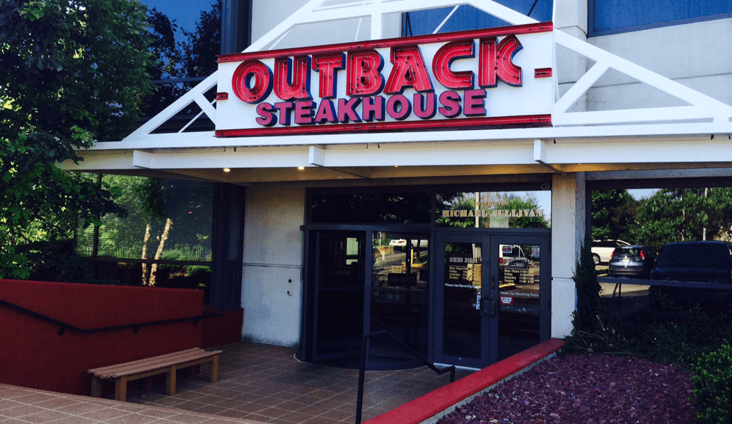 Outback Steakhouse is a popular chain of restaurants found throughout the country, which specialize in Australian inspired food. No Australian themed restaurant would be complete without a fine selection of drinks to wash down the amazing combinations of food found only here.